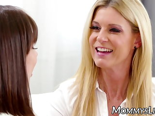 India Summer strapon drilling her stepdaughter Jenna Sativa India Summer
