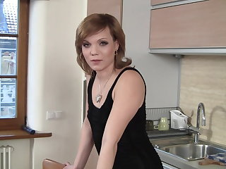 Polish Sexy milf and her anal masturbation