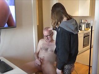 Escort CFNM - pervert Ulf Larsen get sucked and more...