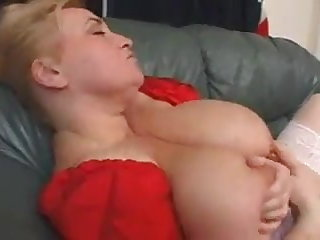 Marie in bbw threesome