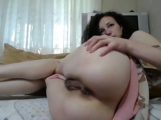 Russian Russian wife shows her vagina