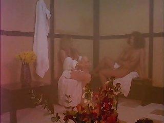 Cunnilingus Moana Pozzi with Angelica Bella in Eccitazione fatale (1992)
